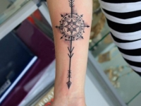 Arrow_forearm